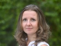 Headshot of Elena Bradbury